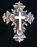 """Крест """"Перроне"""""""