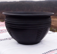 "Pottery bowl ""Reliable"""